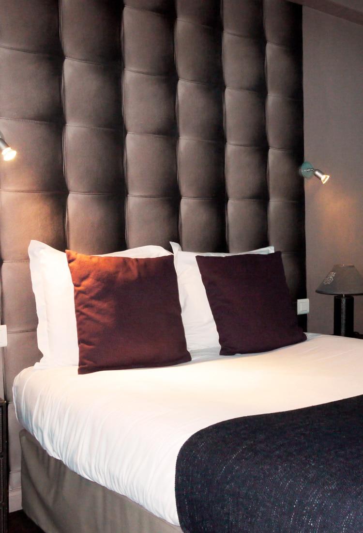 chambre lit double hôtel azur reims